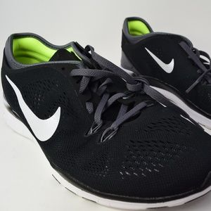 a53ef536ce5d9 Nike Shoes - NIKE FREE 5.0 TR FIT 5 Womens (Black 704674-004